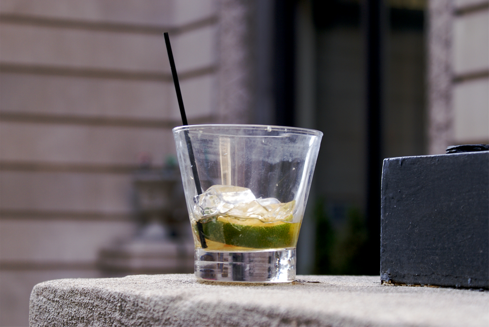 What is a highball? | glass and the drink